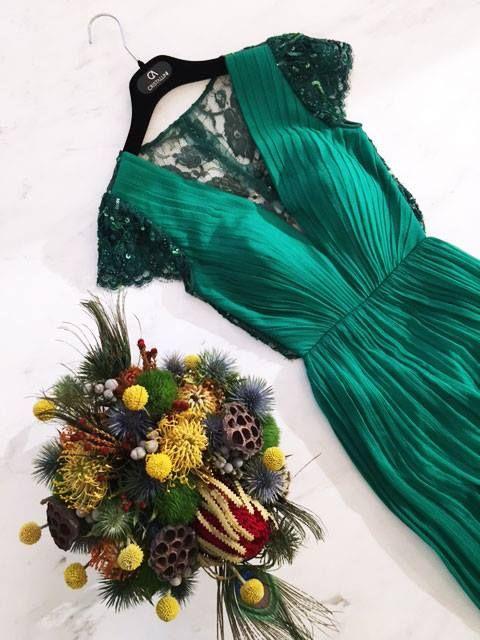 CRISTALLINI #EveninglDress #GreenDress #Silk #WomensFashion #Style #Inspiration #Fashion #Glamour #Elegance #StyleInspiration #HighFashion #RomanianDesigner #FashionDaily