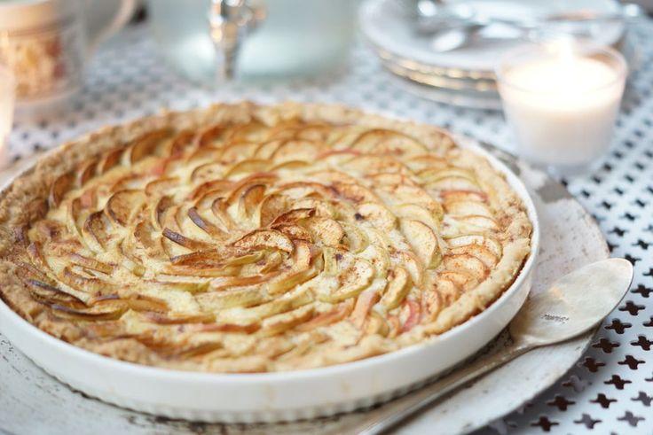 Helppo ja kaunis omenapiirakka | Ruususuu ja Huvikumpu  (Kodin Kuvalehti)