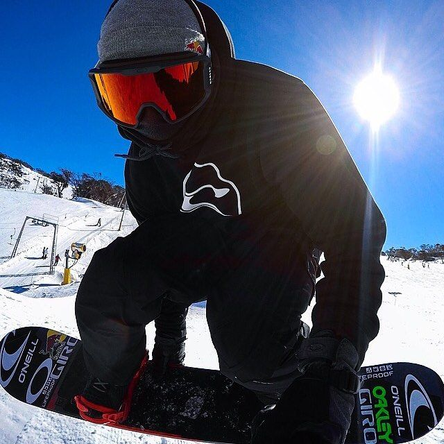 4,723 mentions J'aime, 25 commentaires – Sebastien Toutant (@sebtoots) sur Instagram : « My new edit @perisher_parks is out!!  link in Bio.☝️ #snowboarding #downunda #gopro »