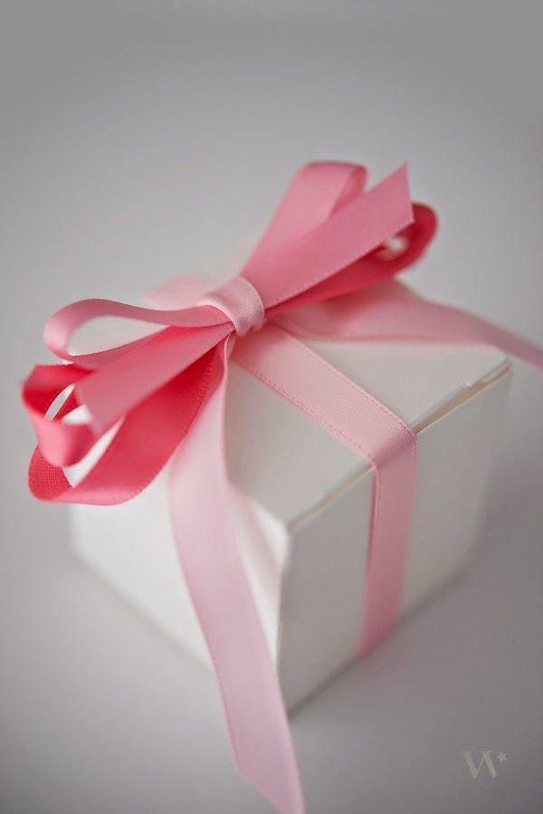 Le Frufrù: Una scatola e cinque idee per decorarla con il nastro