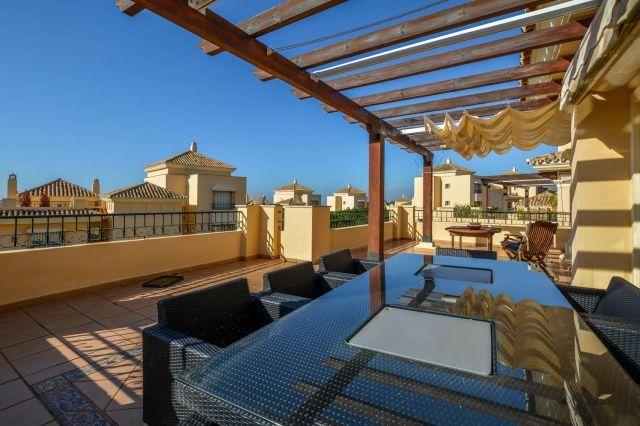4 Bedroom, 4 Bathroom Elviria Penthouse for sale in Malaga Province, Spain – Ref 209836