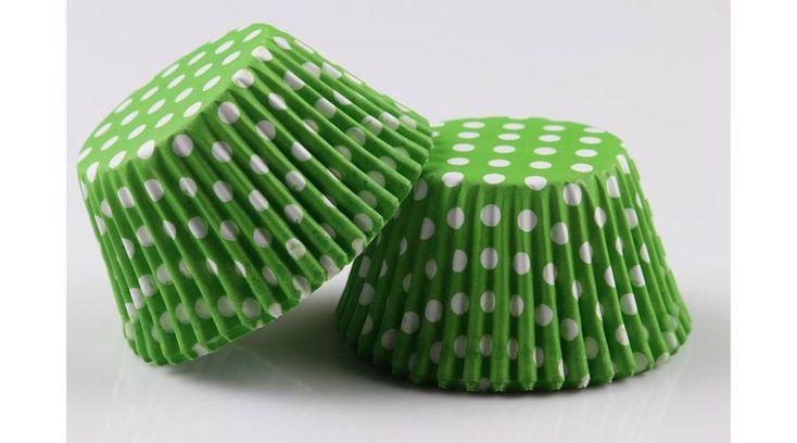 Zöld alapon fehér pöttyös muffin papír 100 db - Süss Velem.com