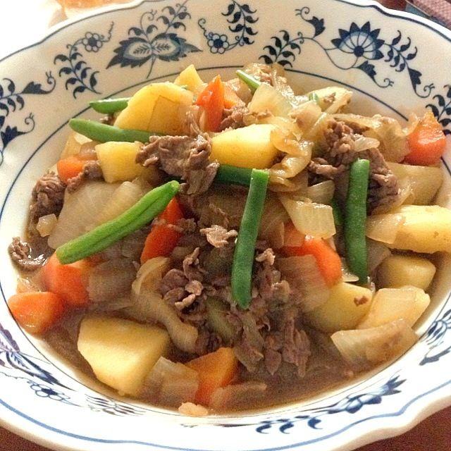 生姜、にんにく、五香粉、オイスターソース、胡麻油で中華風にしました。 - 6件のもぐもぐ - 中華風肉じゃが by kanamama5