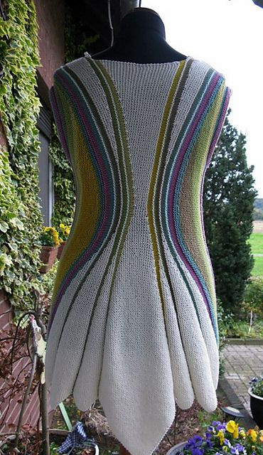 Ravelry: Project Gallery for Sanduhr Tunic pattern by Heidrun Liegmann