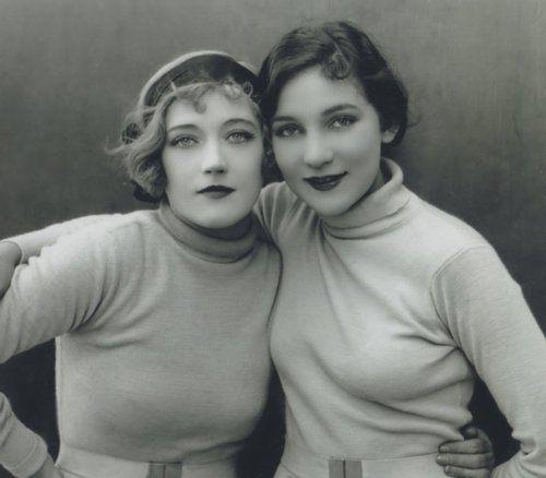1930s sweater girls. (via Film Noir Photos: Sweater Girl: Marion Davies & Thelma Hill)