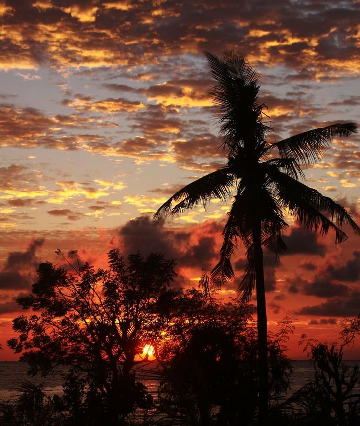 Amed Sunrise Bali Indonesia Liveasyouwill Wallpaper