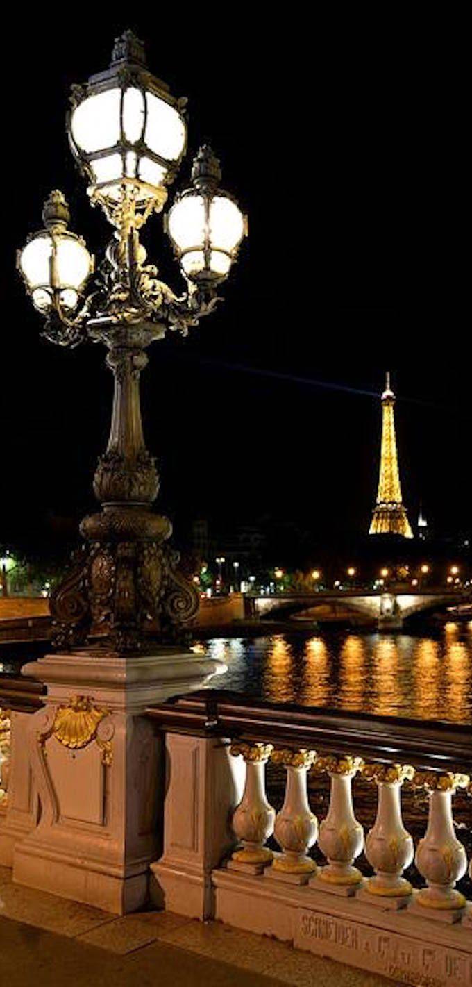 Pont Alexandre III et Tour Eiffel, Paris | Via Flicker