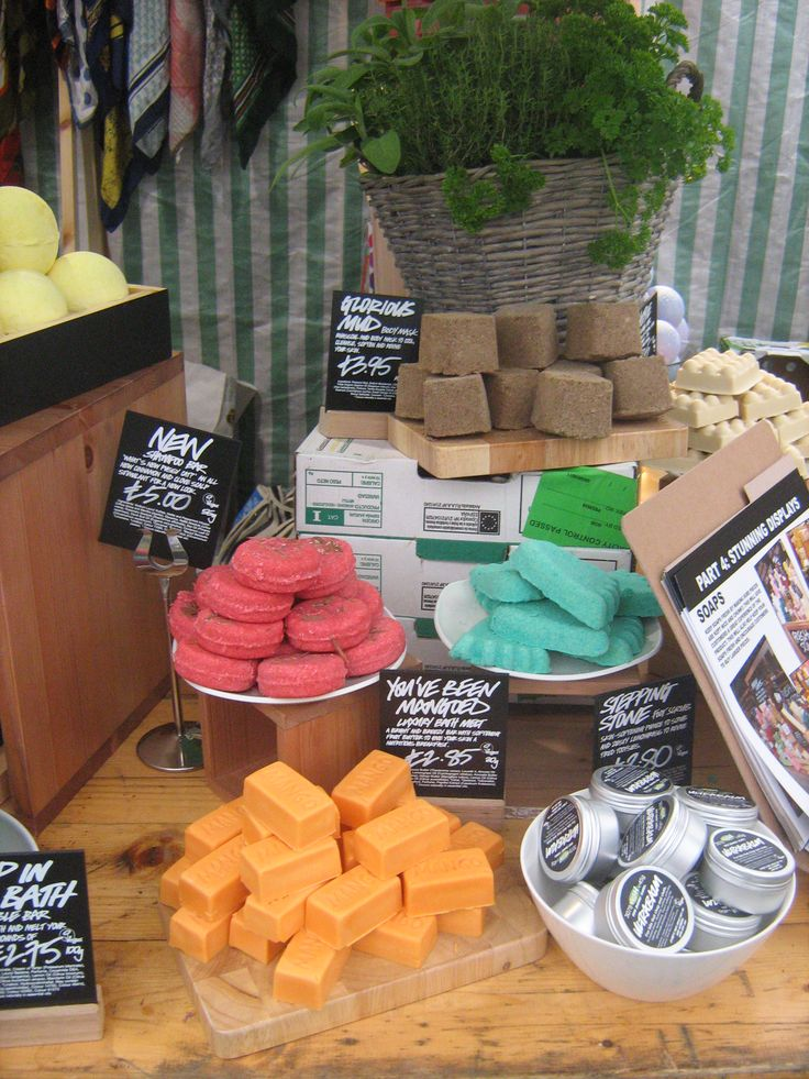 building up the stall to attract the eye and different ways to display the soaps, use bowls, chopping boards, crates etc.