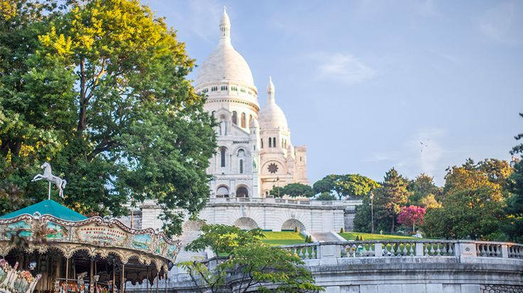 montmartre a mini guide to one of pariss most vibrant
