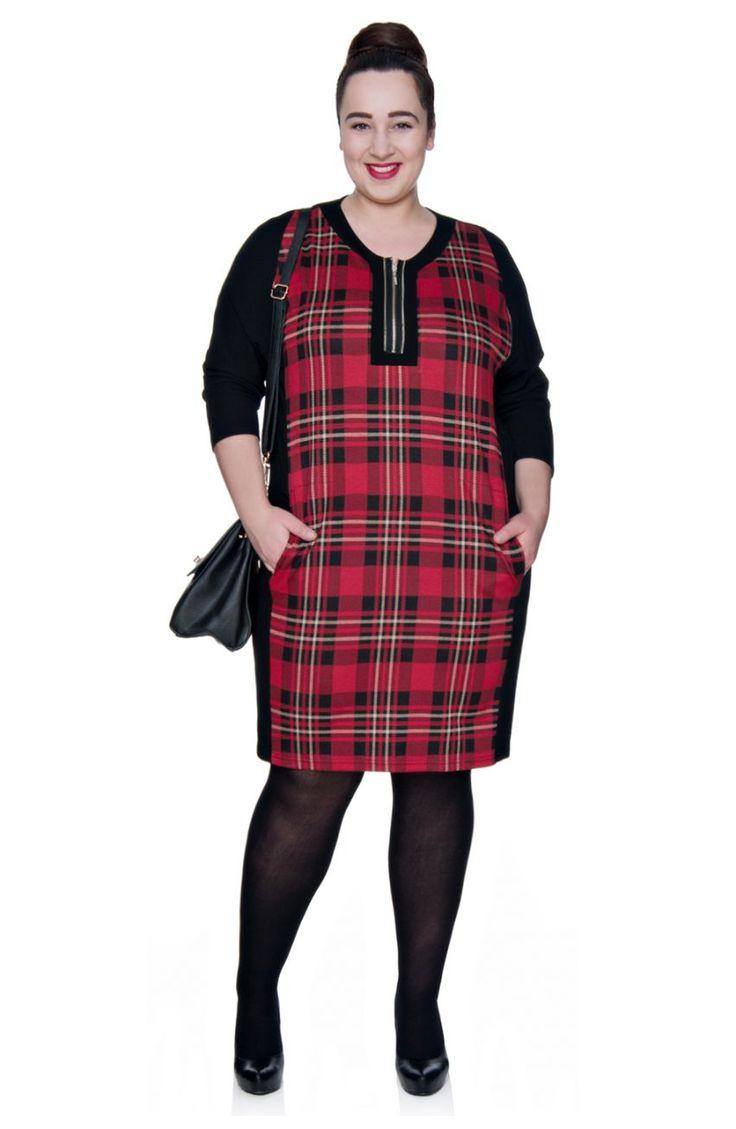 Dzianinowa sukienka z czerwoną kratą i suwakiem - Modne Duże Rozmiary