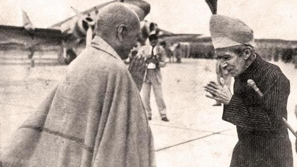 The last Nizam of Hyderabad state greets Sardar Patel at Begumpet Airport after the success of Operation Polo - Imgur