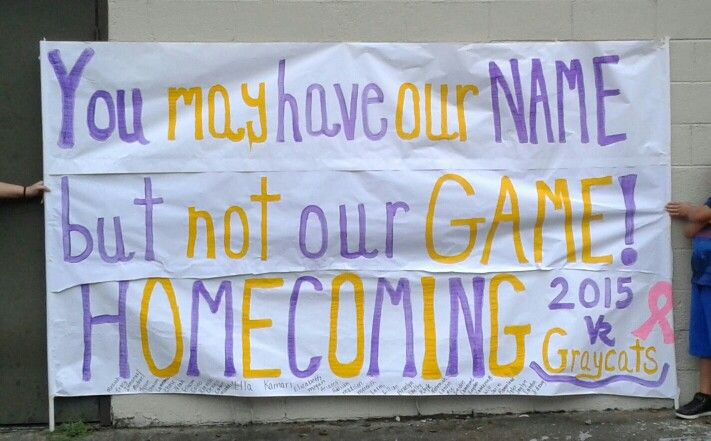 Homecoming football banner