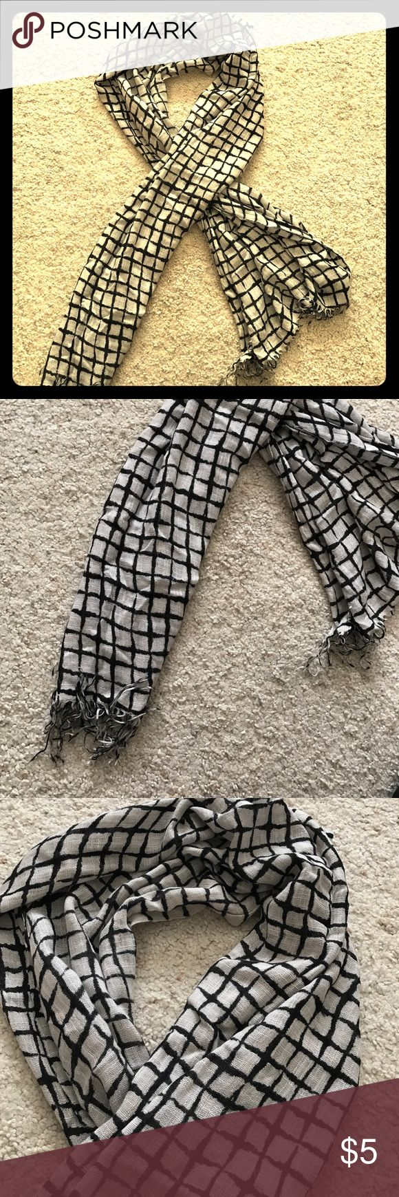 Deena & Ozzy Windowpane Scarf- Urban Outfitters Good condition, perfect accessory! Deena & Ozzy Accessories Scarves & Wraps