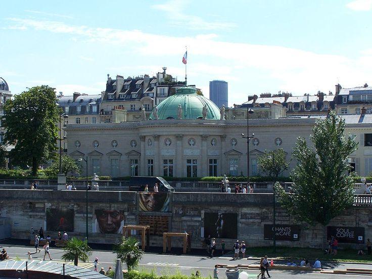 Paris 7e - Grande Chancellerie de la Légion d'honneur, quai Anatole-France.