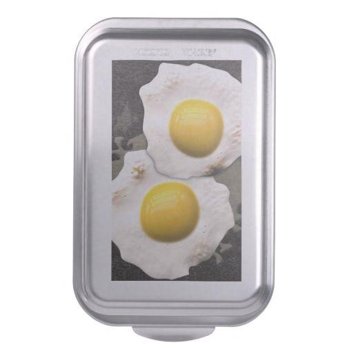 Egg cake, Cake pans and Eggs on Pinterest