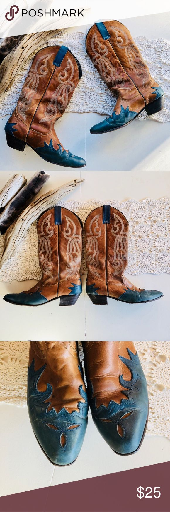 Oak Tree Farms Boots Cowboy Cowgirl Brown Leather Súper nice and comfortable boots. Has some blue leather details. Please, look at the pictures to see the signs of used.   Oak Tree Farms Boots Cowboy Cowgirl Brown Leather Womens US Size 8 Oak Tree Farm Shoes Heeled Boots