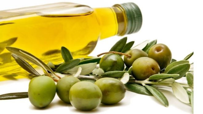 Olio di oliva, De Girolamo: ok ue per etichetta più trasparente su caratteristiche e provenienza