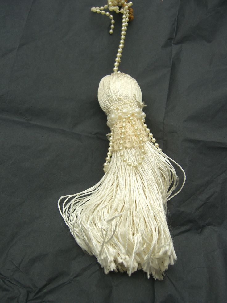Tassel made by MKT Designs and carried by the bride in 1993