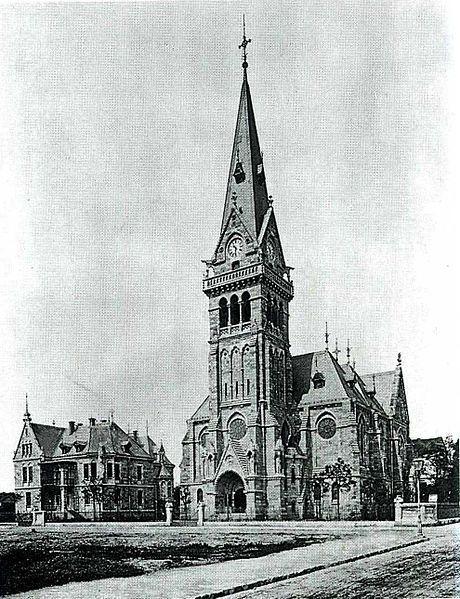 Das alte Dresden (Fotos, Postkarten, historische Gebäude, Bildvergleiche) | Album - Page 11 - SkyscraperCity  Erlöserkirche in Striessen