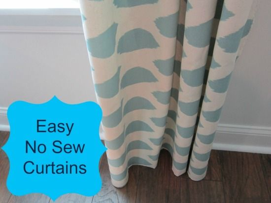 The easy way to make your own curtains without sewing a stitch!  TheHoneycombHome.com