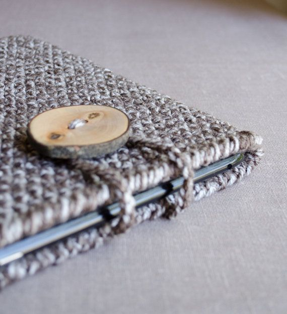 Crochet iPad Case in Brown, White -   Tablet Case by natalya1905, $39.00