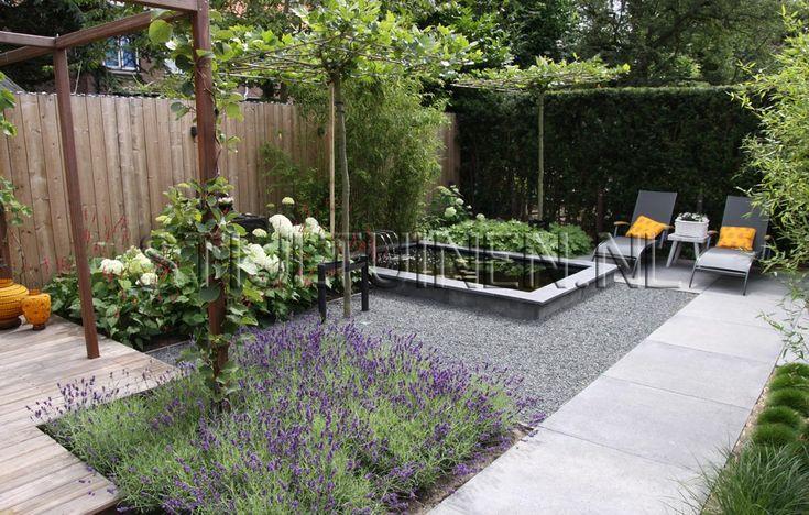 Indeling tuin idee grote tegels 1x1meter