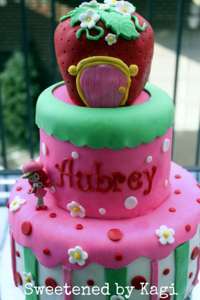 strawberry shortcake themed baby shower cake to welcome baby aubrey