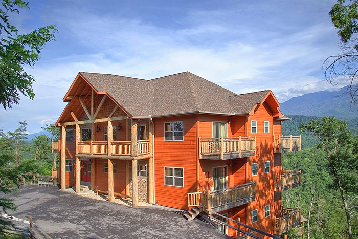 Majestic Overlook In Tn Bedrooms 12 Bathrooms 12 Sleeps 28 Beds 12 Kings 2 Queen Sleepers