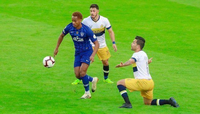 كاريلو يكشف عن الأندية الأقرب لمنافسة الهلال على لقب الدوري السعودي Football Sports Running