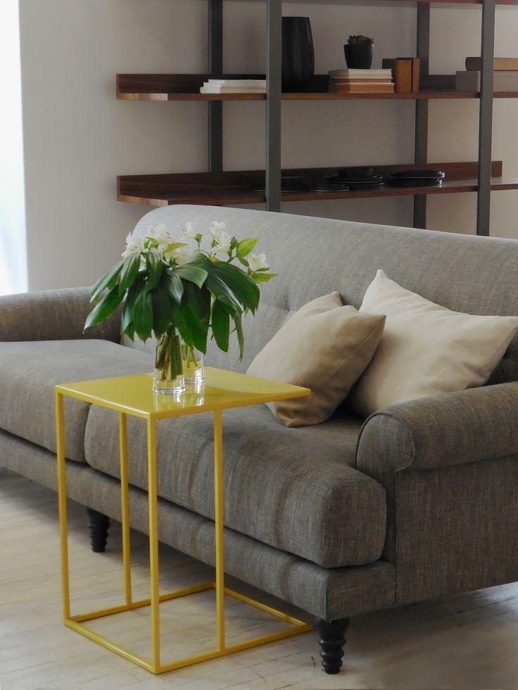 Animate al color con una mesa adicional Tapana en dijon. #solsken #diseño www.solsken.com.ar