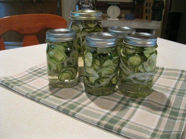 Snicker�s Easy Sweet Refrigerator Pickles