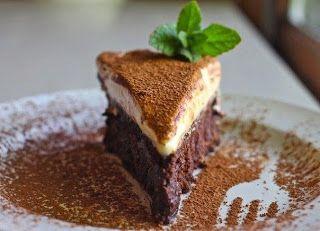 Самые вкусные рецепты: Трюфельный шоколадный торт с муссом из белого шоколада