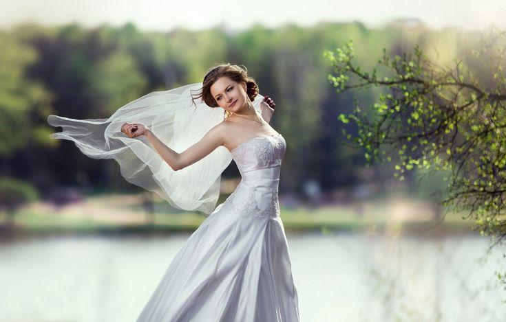 Обои счастье, платье, брюнетка, красавица, невеста, фата ...