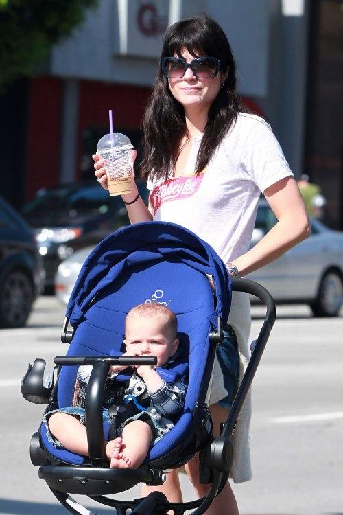 Hot Wheels! Celebrity Babies' Favorite Strollers - Pinterest
