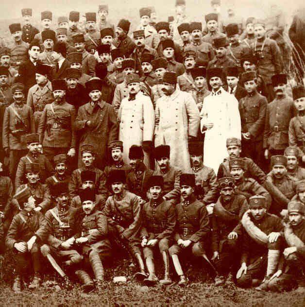 Atatürk ve Kurtuluş savaşını kazanan komutanlar