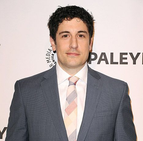 Jason Biggs Mocks Bachelorette Contestant's Death on Twitter - Us Weekly