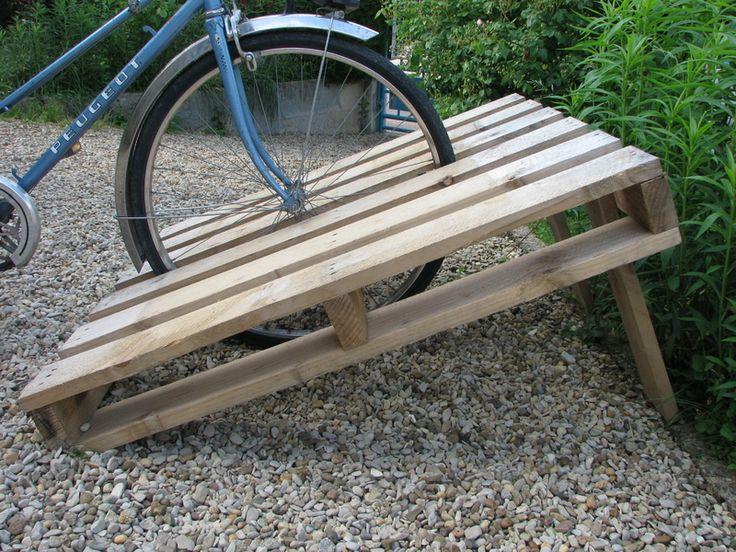 Rangement pour vélo, rack à vélo avec une palette — L'abscisse - FabLab et Hackerspace de Dijon ...