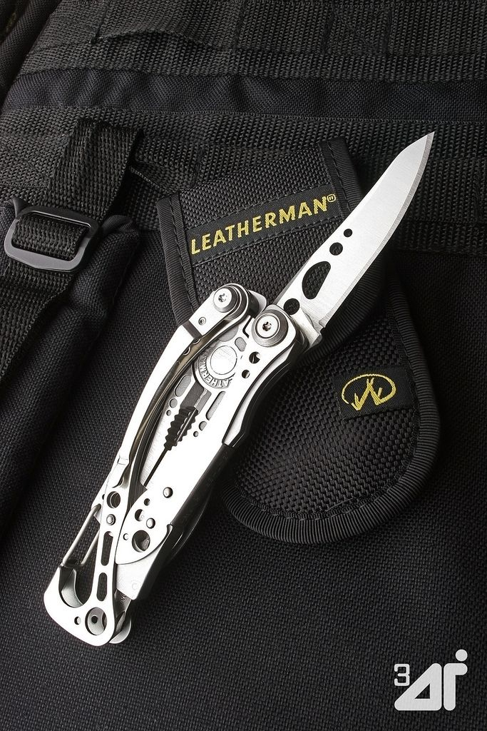 Leatherman••Skeletool