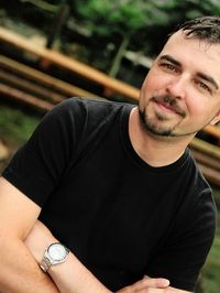 On the Road with Scott Stratten: http://www.flightcentre.ca/blog/tipsandtricks/on-the-road-with-scott-stratton/5805