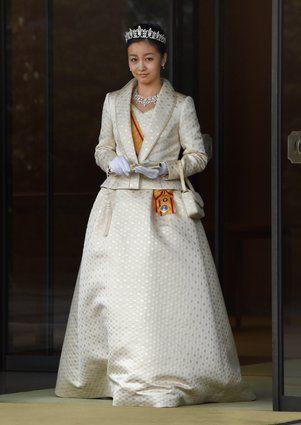佳子さま、ティアラ姿で初めて「新年祝賀の儀」に出席【画像】