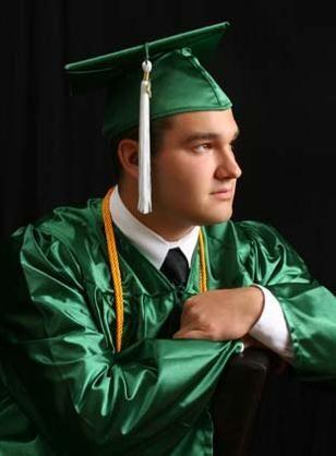 Picture People | Professional Graduation Pictures & Portrait Studio