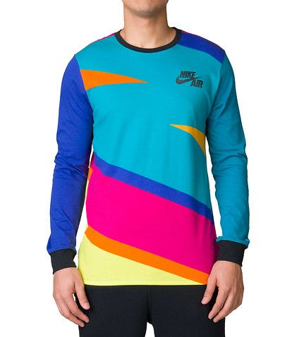 NIKE+Futura+tee+Crew+neck+with+ribbed+collar+Long+sleeves+Oversized+fit+Ribbed+cuffs+Multi-color+blocking+Nike+swoosh+logo+Stretch+fabric+for+ultimate+comfort