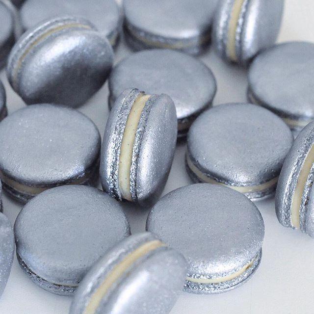 silver metallic macarons