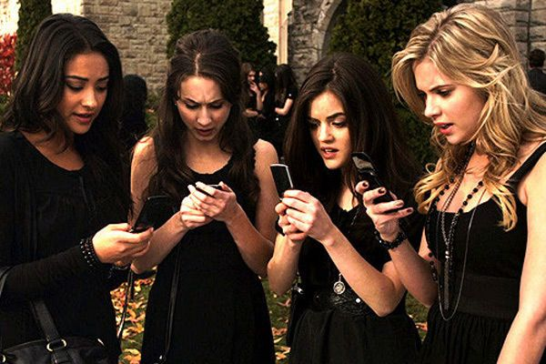 The Ultimate Pretty Little Liars Trivia Quiz  - Seventeen.com