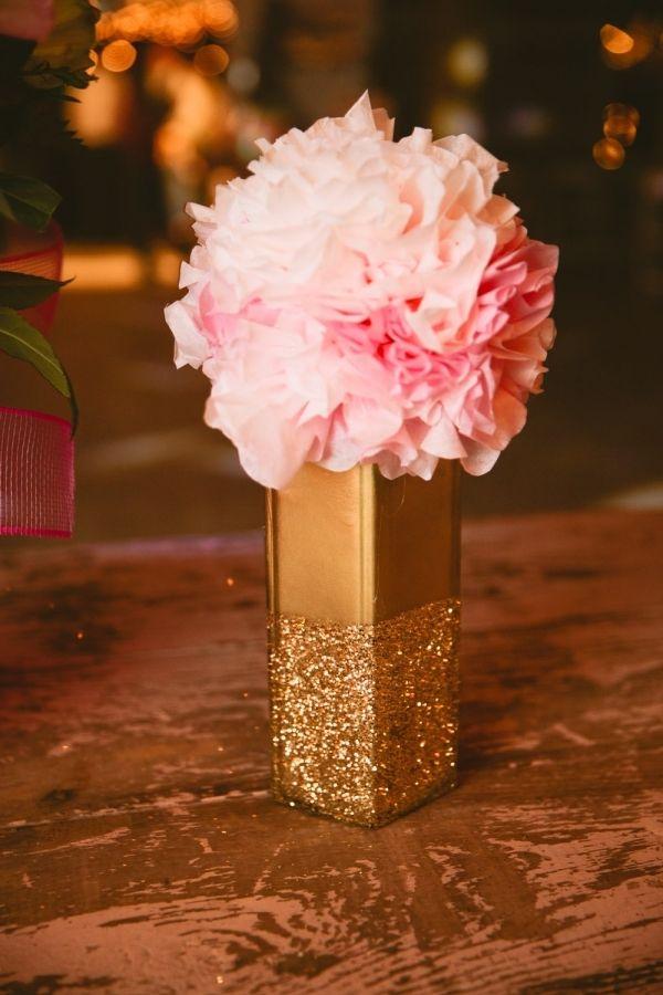 glitter blocking centerpiece vases // photo by LukeAndCat.com