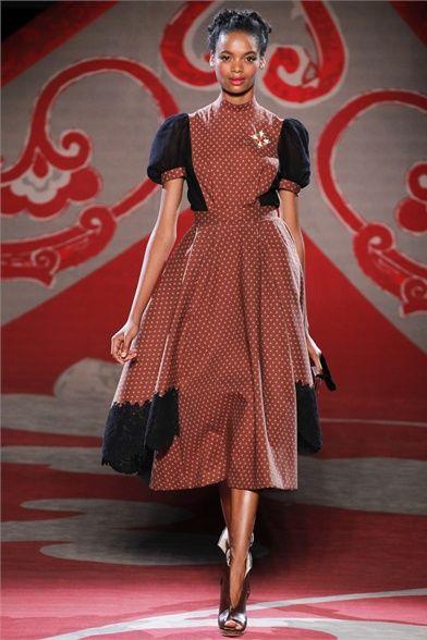 Sfilata Ulyana Sergeenko Paris - Alta Moda Autunno-Inverno 2012-13 - Vogue