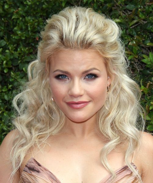 Witney Carson Long Wavy Casual Half Up Hairstyle Light Blonde Hair Color
