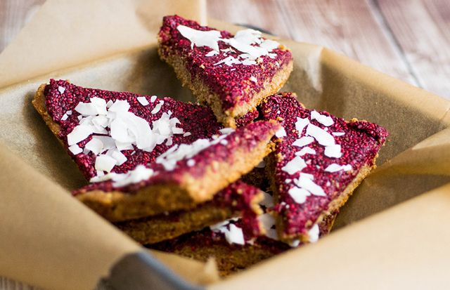 Almond Breakfast Bars with Protein-Packed Raspberry Chia Jam