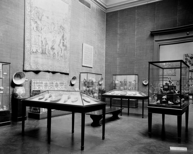 The Metropolitan Museum of Art, Wing H, Room 15; View of the Morgan Collection, facing northwest. Photographed on September 14, 1922.