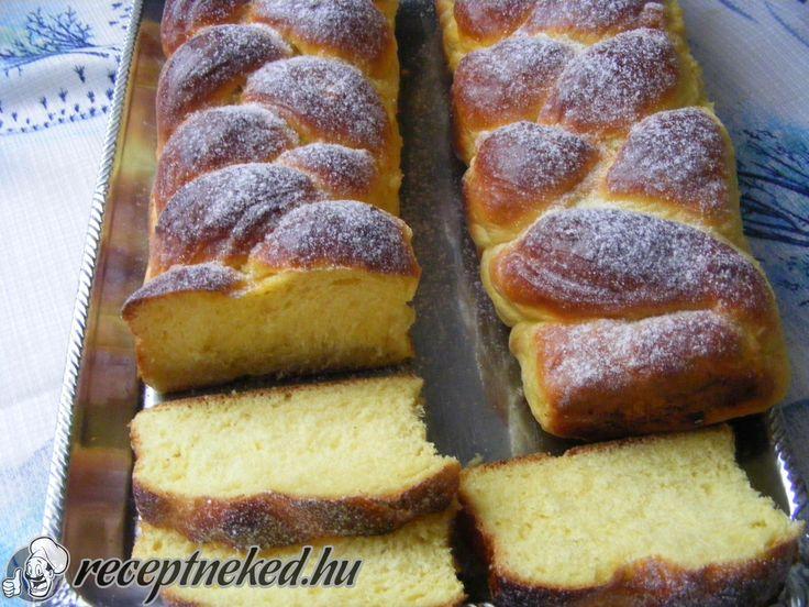 A legjobb Citromos fonott kalács recept fotóval egyenesen a Receptneked.hu…